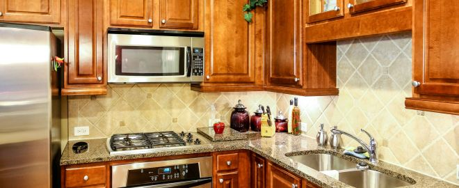 Tips for whether to replace or reface your cabinets